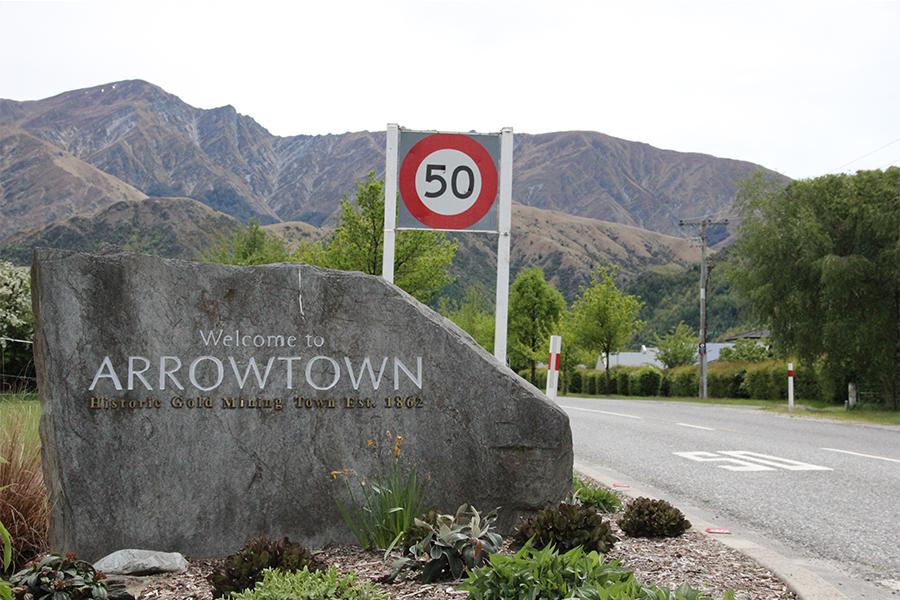 arrowtown-signal