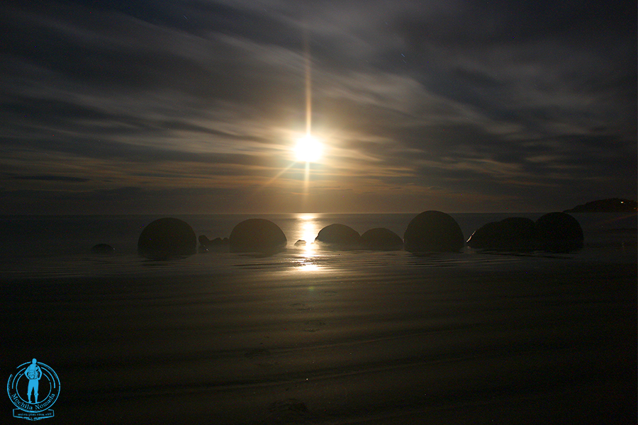 moeraki-boulders-night-2