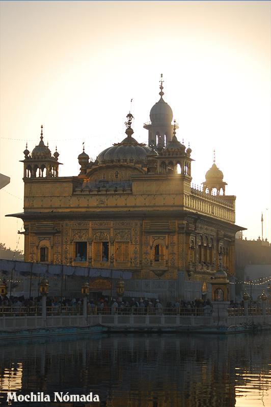 Amritsar , el Templo Dorado y los Sij